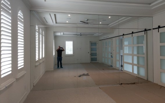 Mirror Walls Amp Ceilings Clear Choice Glass Amp Specialties